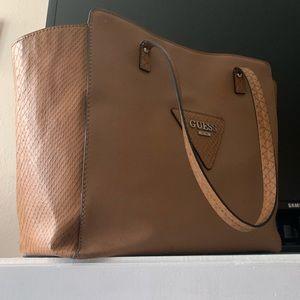 Guess bag 👜🤎